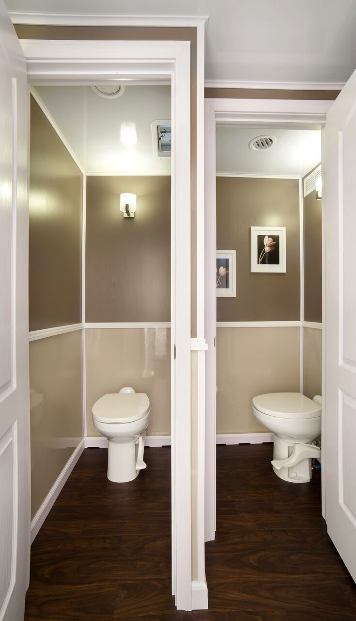 Our Womans suite inside our 4 stall LUX restroom trailer allows 2 guests to use the bathroom at the same time.