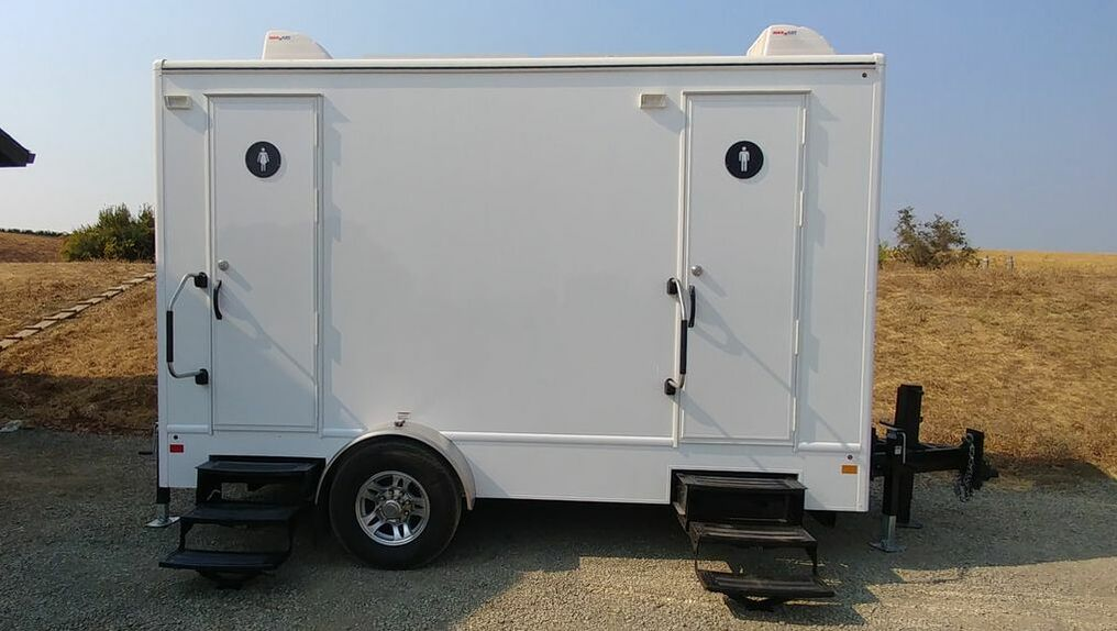 Featuring 2 suites this 4 stall restroom trailer awaits guests at a winery in Napa, CA.